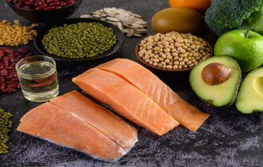 Facts about vitamins, the advantages, the foods, and therefore the side effects of vitamins